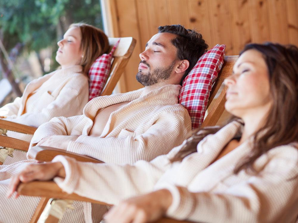 das sollte man in der sauna beachten relamare der natur ganz nah. Black Bedroom Furniture Sets. Home Design Ideas